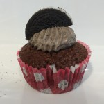 Cookies and Cream Cup Cakes