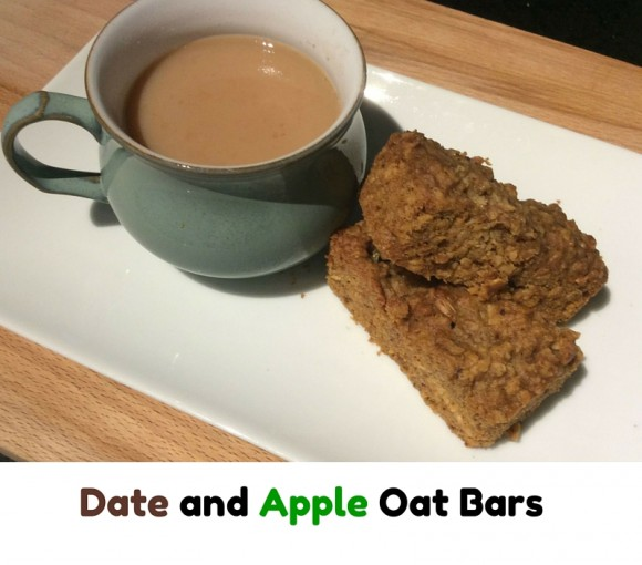 Date and apple oat bars
